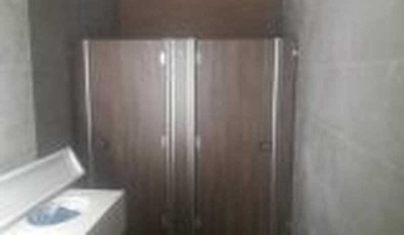 Comprar Divisórias para Banheiro de Empresas Iperó - Divisórias para Banheiros Comerciais